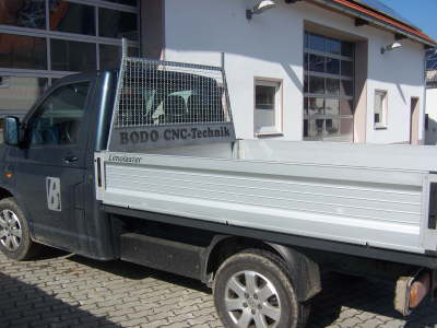 86-StahlbauSchutzgitterKleintransporter